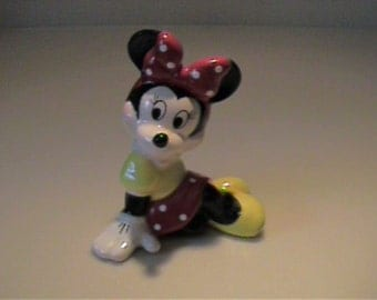 Vintage ceramic Minnie Mouse figurine