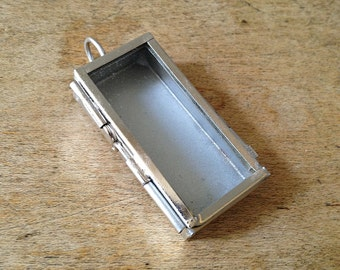 SMALL Silver Narrow Rectangle Shadow Box   Glass Door Frame Pendant   Hinged  Locket Charm