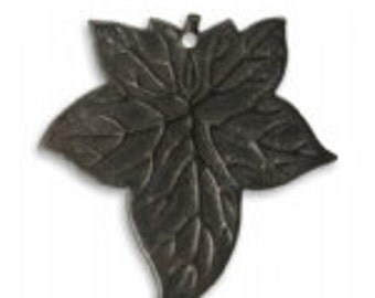 31.5x30.5mm Ancient Leaf