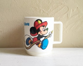 Vintage Mickey Mouse Goofy Disney Cup Plastic Mug Commemorative