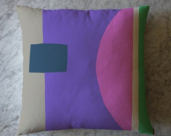 Pillow with Colorblock. May 17, 2016