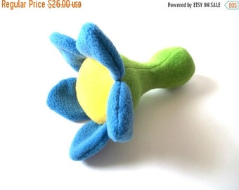 HALLOWEEN SPECIAL SALE Flower Baby Rattle - Rattle Plushie - Baby Toy - Toddler Toy - Baby Shower Gift