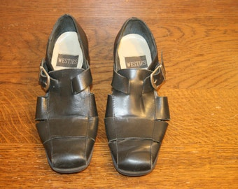 Size 7,Leather Mary Janes,mary jane,mary jane heels,mary jane pump,fisherman sandals,mary janes,womens shoes 7,mary jane 7,oxford heels