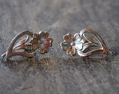 Vintage Sterling Silver Earrings Screw Back Flowers Floral Hearts Valentine's Day Late Art Deco Retro Era 1940's // Vintage Silver Jewelry