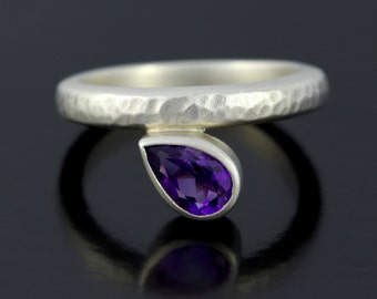 Teardrop Amethyst Silver Ring. Amethyst Promise Ring, 925 Hammered, Satin Finish Sterling Silver Ring - CS1524