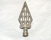 Large Simply Distinctive Arts and Crafts / Mission Iron Lamp Finial