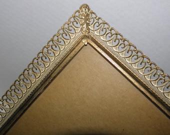 8x10 Gold  Metal Picture Frame - (Henri)
