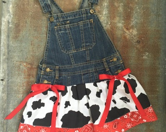 Old McDonald Dress, Farm birthday party, Farmer outfit, cow dress, cow birthday, farm dress,old mcdonald party,overall tutu,cowgirl overalls