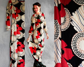 Vintage 70s Dress, Maxi Dress, Black, Ivory and Red Flowers, Psychedelic Art Nouveau, Boho Dress, Wool Dress, Pattern Dress, Chic Dress