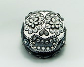Love box of the day of the dead skull ring box