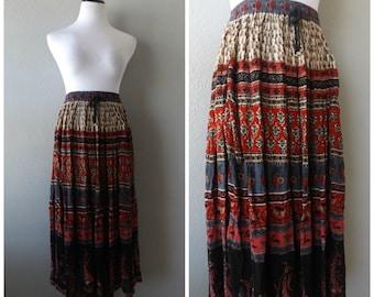 Indian Maxi Skirt Hippie Boho Vintage 90s Crinkle Broomstick Skirts Size M Medium Bohemian Ethnic Print Festival Dress 1990s Flowy Rayon