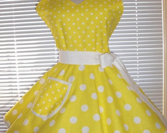 PLUS SIZE Sweetheart Retro Apron Large and Small Yellow and White Polka Dots Circular Flirty Skirt