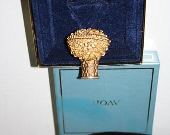 Flower Basket Pin, Perfume Glace, Avon 1970