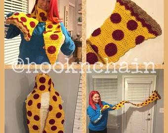 Crochet pepperoni pizza scarf, foodie scarf, etsys best gifts