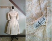Gold Dust 1950s Suzy Perette Cream/Metallic/Gold Lamé Floral Print Party Dress