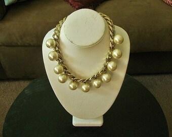 Vintage Carolee Pearl Necklace