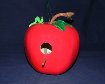 Apple Gourd Birdhouse with Green Worm