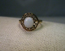 Vintage 14kt Gold  Oval Opal Ring, Filigree Setting, Size 8.5, Opal Cabochon is appx. .71 ctw
