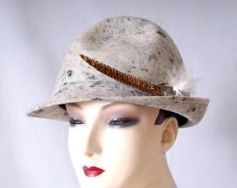 20% Off Sale Vintage 1960s Tyrol Austria Spitzehut Sculpted Real Felt Hat Fedora Trilby