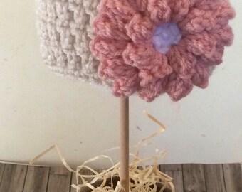 Newborn Beanie Hat with Flower, Newborn Hat, Crochet Hat, Hat with Flower, Flower Hat, Newborn Photo Prop, Knit Hat, Baby Hat