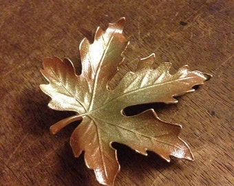 Sale Vintage Autumn Leaf Pin/Brooch