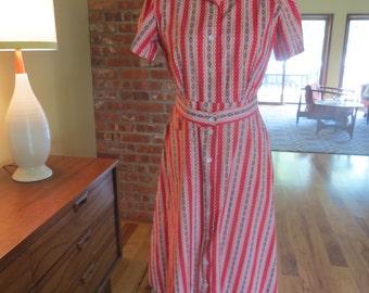 Vintage Cotton 1940s Day Dress. Button Front. Sz 6. Mint.
