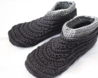 Mens crochet slippers, Adult moccasins, warm winter house shoes for men, Black house shoes