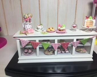 1/12 Christmas dessert table