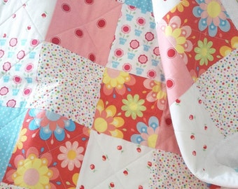 GIRL QUILT, floral, floral quilt, red, white, blue and aqua quilt