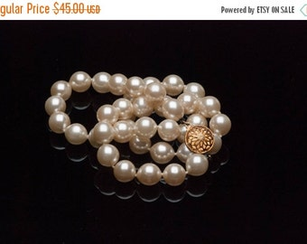 """ON SALE Vintage Glass Pearl Necklace Champagne Handknotted  10mm 18"""""""