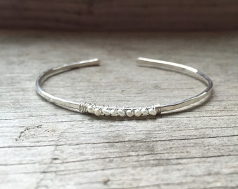 Tiny FRESHWATER PEARL cuff bracelet in sterling silver, hammered stacking bracelet, June birthstone bracelet