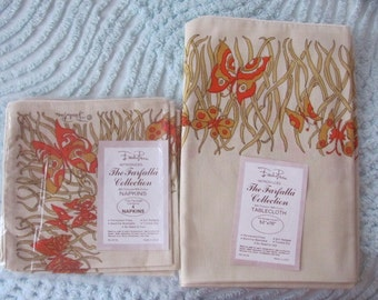 Emilio Pucci Tablecloth and Four (4) Napkins/ New