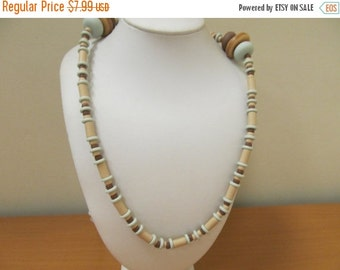 ON SALE AVON Indian Summer Beaded Necklace Item K # 1529