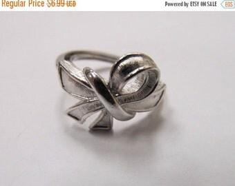 On Sale AVON Silver Tone Adjustable Ring Item K # 2549