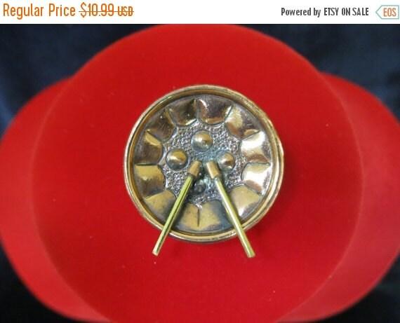 ON SALE Vintage Copper Drum Pin Item K # 1148