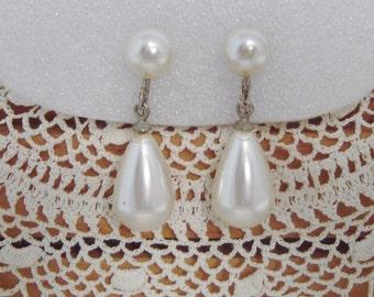 VIntage Pearl Teardrop Clip Earrings