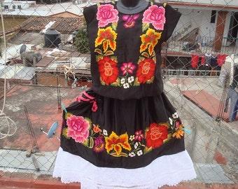 Black Satin Floral traje