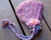 Newborn bonnet pink Knit baby hat Crochet pink bonnet Infant baby bonnet Baby girl bonnet, Ready to ship, made of alpaca, size newborn