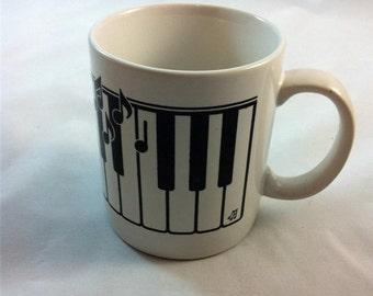 """Piano Keyboard and Notes Coffee Mug 3"""" x 3.75"""" H Great gift for music teacher, musician, music student"""