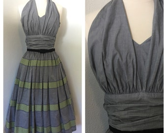 Getty up Gray / Vintage 1950s Halter Dress