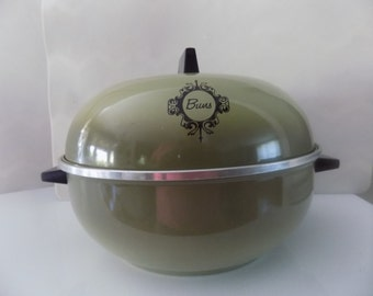 Vintage West Bend Green/Avocado Green Bun Warmer
