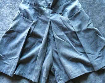 Vintage Grey Wide Legged High Waisted Shorts