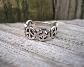 Vintage 925 Sterling Silver Peace Sign Ring