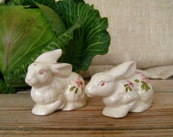 Easter Bunny Salt and Pepper Shakers | Vintage Easter Decor | Easter Decorations | Easter Rabbits | Hand Painted | Ceramic | Serving Ware