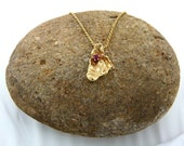 18K Nugget Pendant with 4mm India Ruby in 14K Prong Setting - Natural Gold Nugget