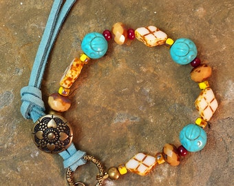Ivory Beige Mocha Picasso, Bracelet Turquoise Leather Wrap, Vintage Bronze Heart Flower Button Closure, Bohemian Style