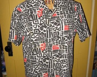 Geometric design short sleeve Strike Zone shirt Size 18-20 black white red