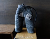 Blythe Doll Outfit /  1/6 doll size /  cropped pants/ wool/ embroidery dots gray