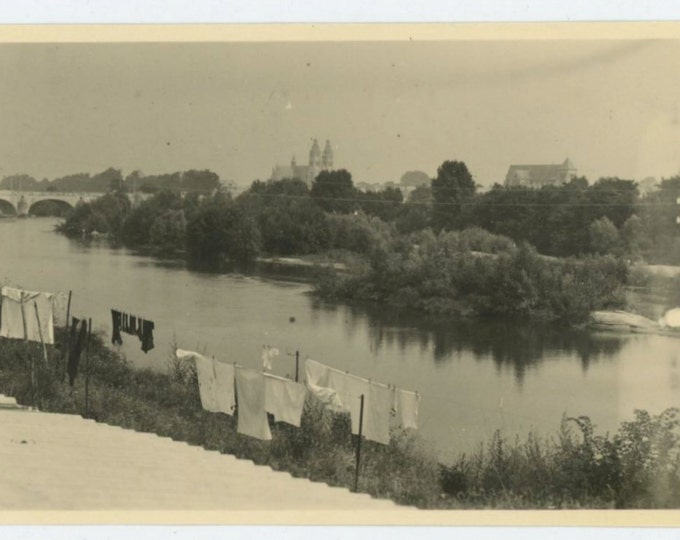 Laundry Drying By Loire River, Tours, France, 1951: Vintage Snapshot Photo (610510)