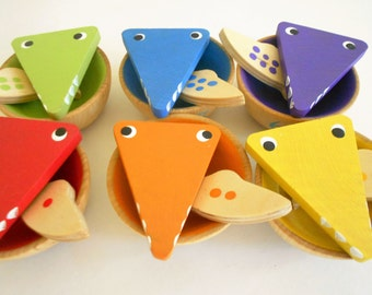 Wood learning toy color sorting counting game color matching kids eco wood gator eating fish game wooden bowls game toy